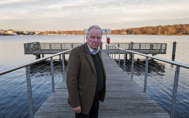 "Alexander Gauland, co-leader of the far right ""Alternative for Germany"" party (AfD), poses prior to an interview with AFP journalists on November 23, 2017 in Potsdam. (AFP/John MACDOUGALL)"