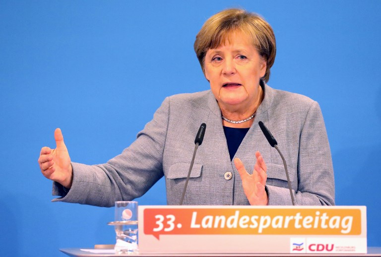 Angela Merkel: 'I absolutely do not favor' a new election