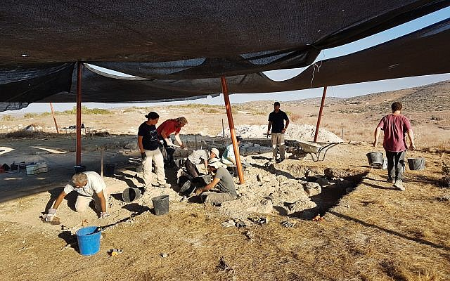 Uncovering the structure situated at the heart of a military training area in the Lachish region. (Michal Haber, Israel Antiquities Authority)