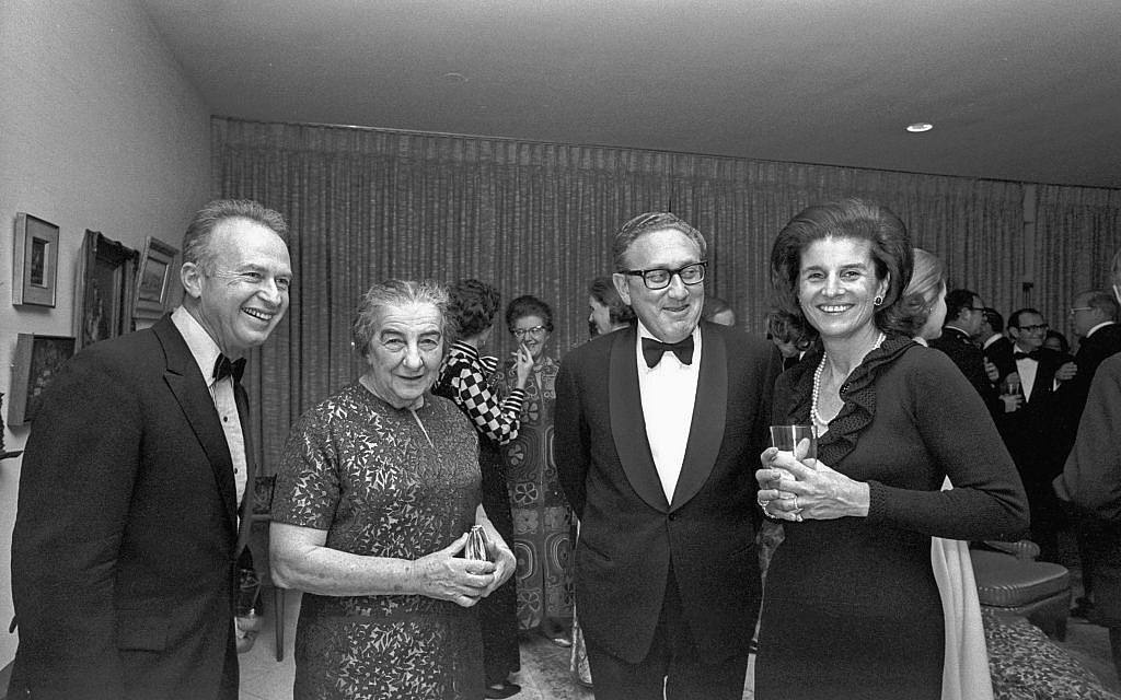 Prime minister Golda Meir and Henry Kissinger flanked by Yitzhak Rabin and his wife Leah. (GPO/Moshe Milner)