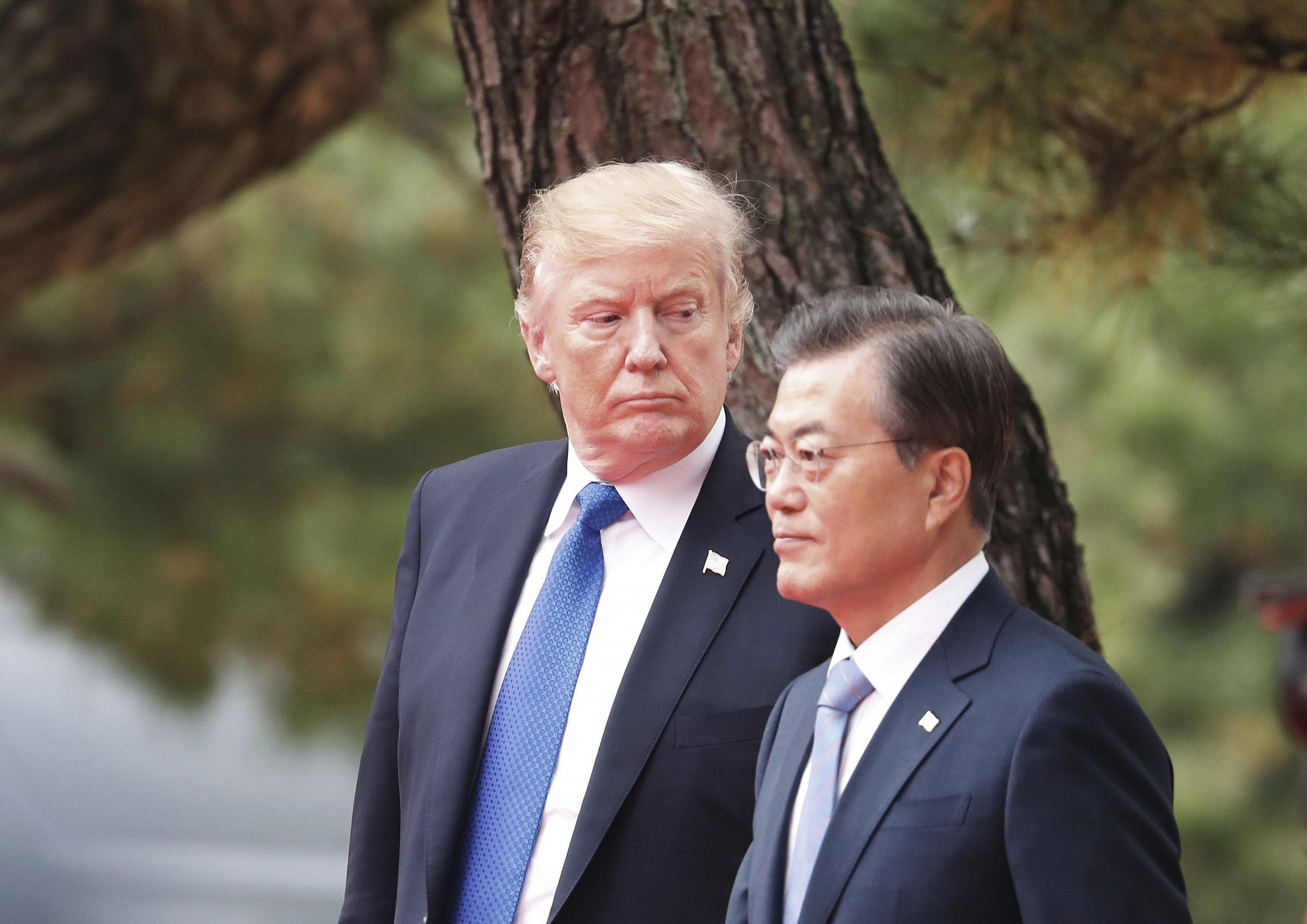 In Seoul Trump Calls On North Korea To Make A Deal The Times