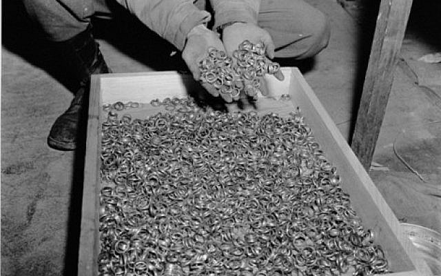 Illustrative: Confiscated gold rings of Buchenwald concentration camp prisoners. (Public domain/Wikimedia)