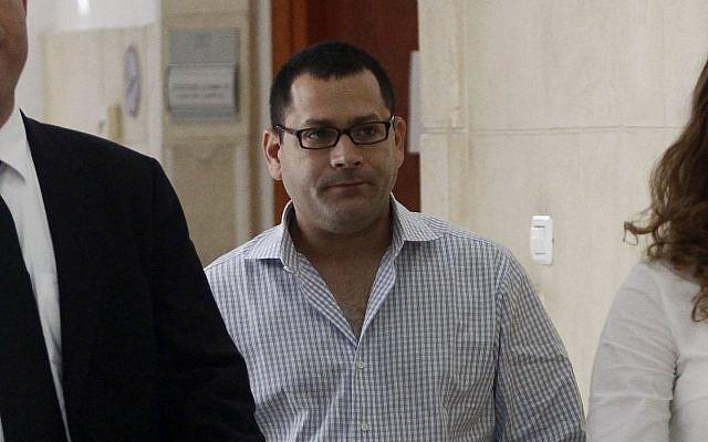 Lior Horev arrives at the District Court in Jerusalem to testify in a case against former prime minister Ehud Olmert  on September 8, 2011. (Uri Lenz/FLASH90)
