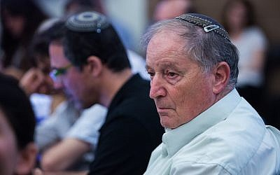 Ran Erez, then chairman of the Secondary-School Teachers' Association, attends at a State Control Committee meeting at the Knesset on July 20, 2015. (Yonatan Sindel/Flash90)