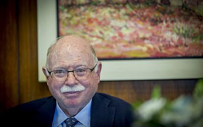 Michael Steinhardt attends a meeting at the Knesset in Jerusalem on April 26, 2017 (Yonatan Sindel/Flash90)