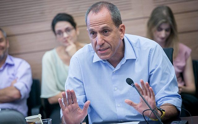 Israel Securities Authority chairman Shmuel Hauser, at a Knesset Finance Committee meeting, September 11, 2017. (Miriam Alster/FLASH90)