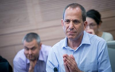Israel Securities Authority chairman Shmuel Hauser at a Finance Committee meeting in the Knesset on September 11, 2017. (Miriam Alster/FLASH90)