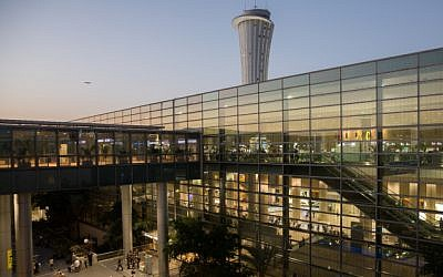 View of the main terminal at Ben Gurion International Airport, near Tel Aviv, October 2, 2017 (Nati Shohat/Flash90)