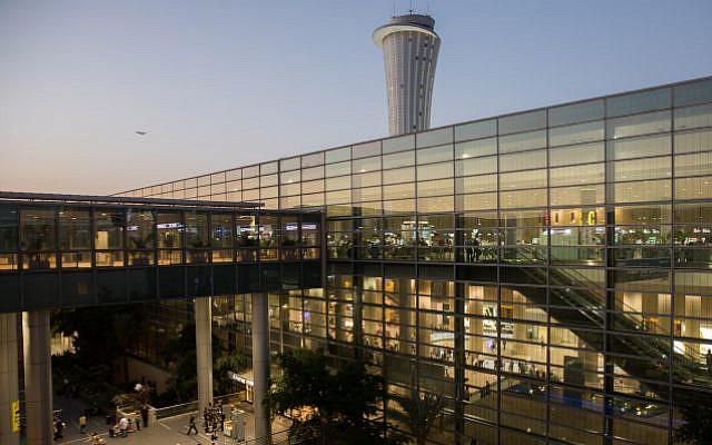 View of the main terminal at Ben Gurion International Airport, near Tel Aviv, October 2, 2017 (Nati Shohat/Flash90)