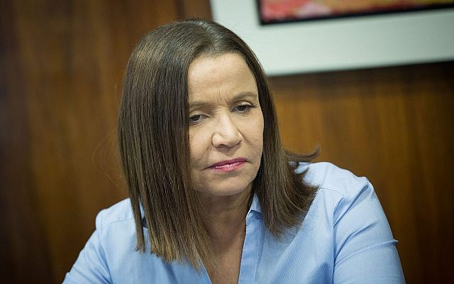Labor MK Shelly Yachimovich is seen at the Knesset on October 25, 2017. (Yonatan Sindel/Flash90)