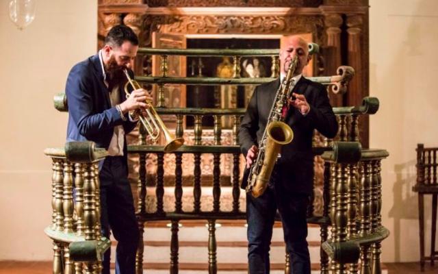 Jerusalem Jazz Festival director and trumpeter Avishai Cohen (left) at the 2015 festival (Courtesy Jerusalem Jazz Festival)