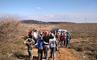 Israeli settlers and Palestinians clash in the northern West Bank near Qusra on November 30, 2017.  (courtesy)