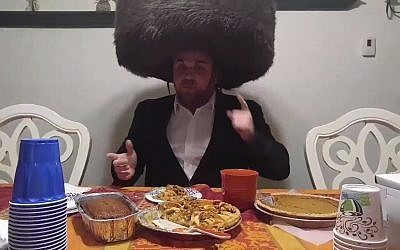 Professional wrestler Mathias Glass, who dresses as the 'Hasidic Outlaw.' (Screen capture: Twitter video)
