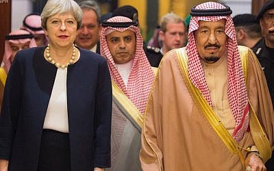 In this photo released by the state-run Saudi Press Agency, British Prime Minister Theresa May meets Saudi King Salman in Riyadh, Saudi Arabia, on November 29, 2017. (Saudi Press Agency via AP)