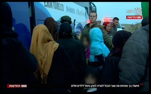 Syrian mothers and children board a coach en route to an Israeli hospital, in a TV report broadcast on November 19, 2017 (Hadashot News screenshot)