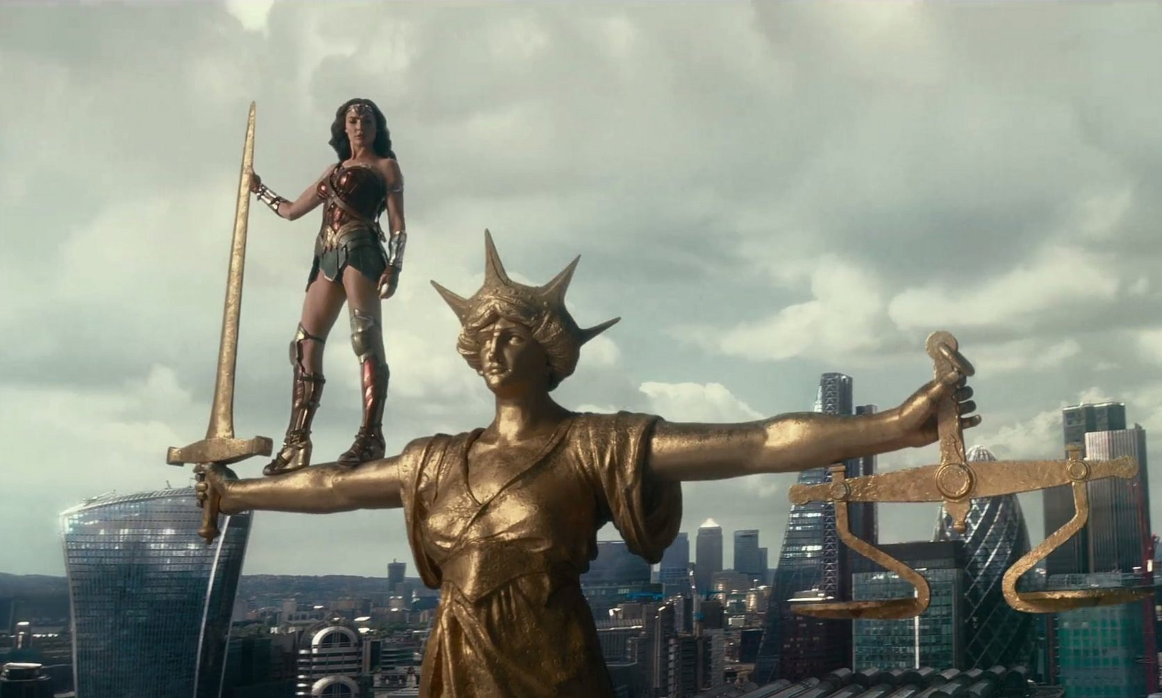 Wonder Woman Can Save The World But Not Even Gal Gadot Can -3853