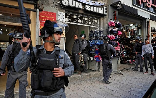 Israeli security forces detain a Palestinian protester on December 9, 2017, in East Jerusalem. (AFP/Ahmad Gharabli)