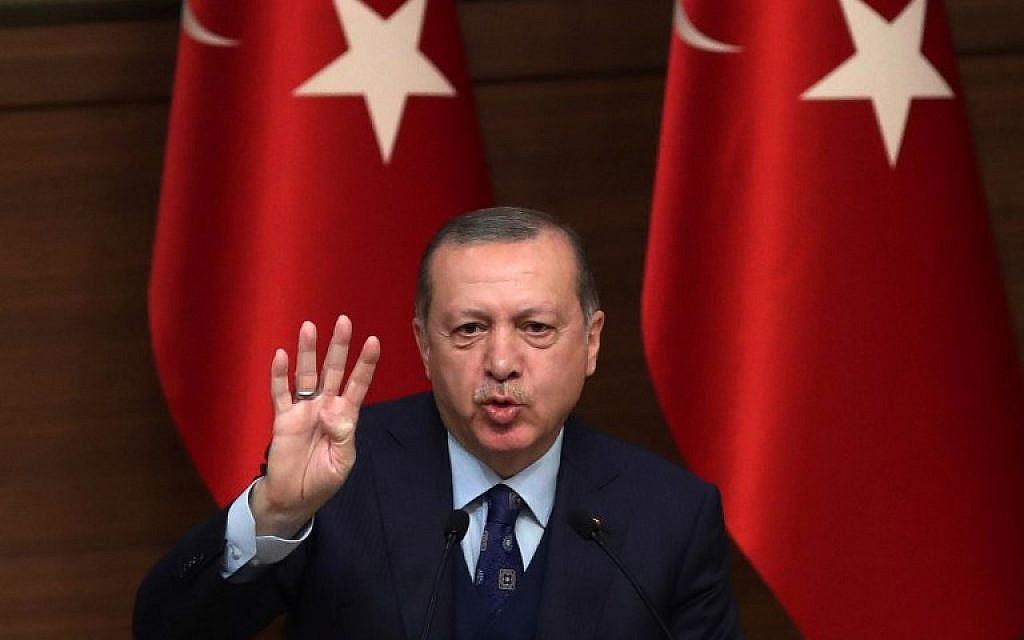 President of Turkey Recep Tayyip Erdogan addresses the 42nd Mukhtars Meeting at the Presidential Complex in Ankara on December 20, 2017. (ADEM ALTAN/AFP)