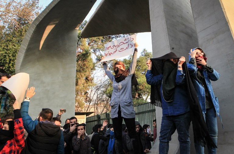 Iran says hundreds of protesters released from detention