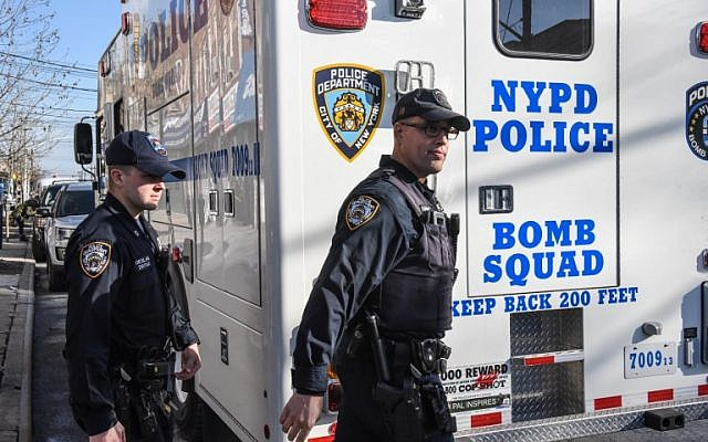 Members of the New York City Police Department investigate an address associated with suspected terrorist Akayed Ullah on December 11, 2017, in the Mill Basin section of the Brooklyn borough of New York City. (Stephanie Keith/Getty Images/AFP)