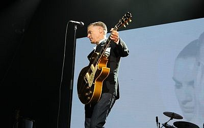 Bryan Adams performs in Tel Aviv on December 4, 2017. (Orit Pnini)