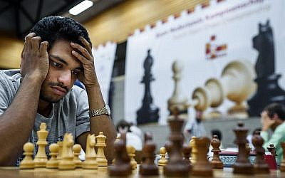 Saudi Arabia kicks off chess tourney after barring Israeli