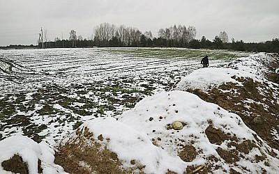 Human remains that had been removed from an old Jewish cemetery were dumped in huge mounds in Siemiatycze, Poland, from December. 5, 2017. (Aleksander Schwarz/The Union of Jewish Communities in Poland via AP)