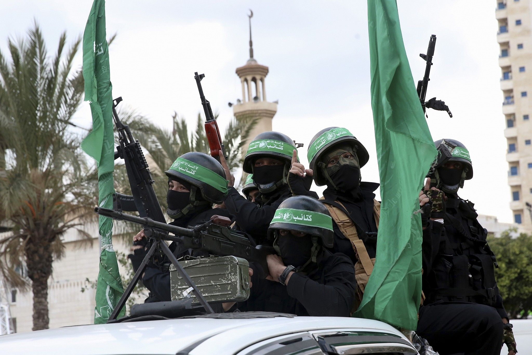 Israel hits Gaza, arrests senior Hamas members