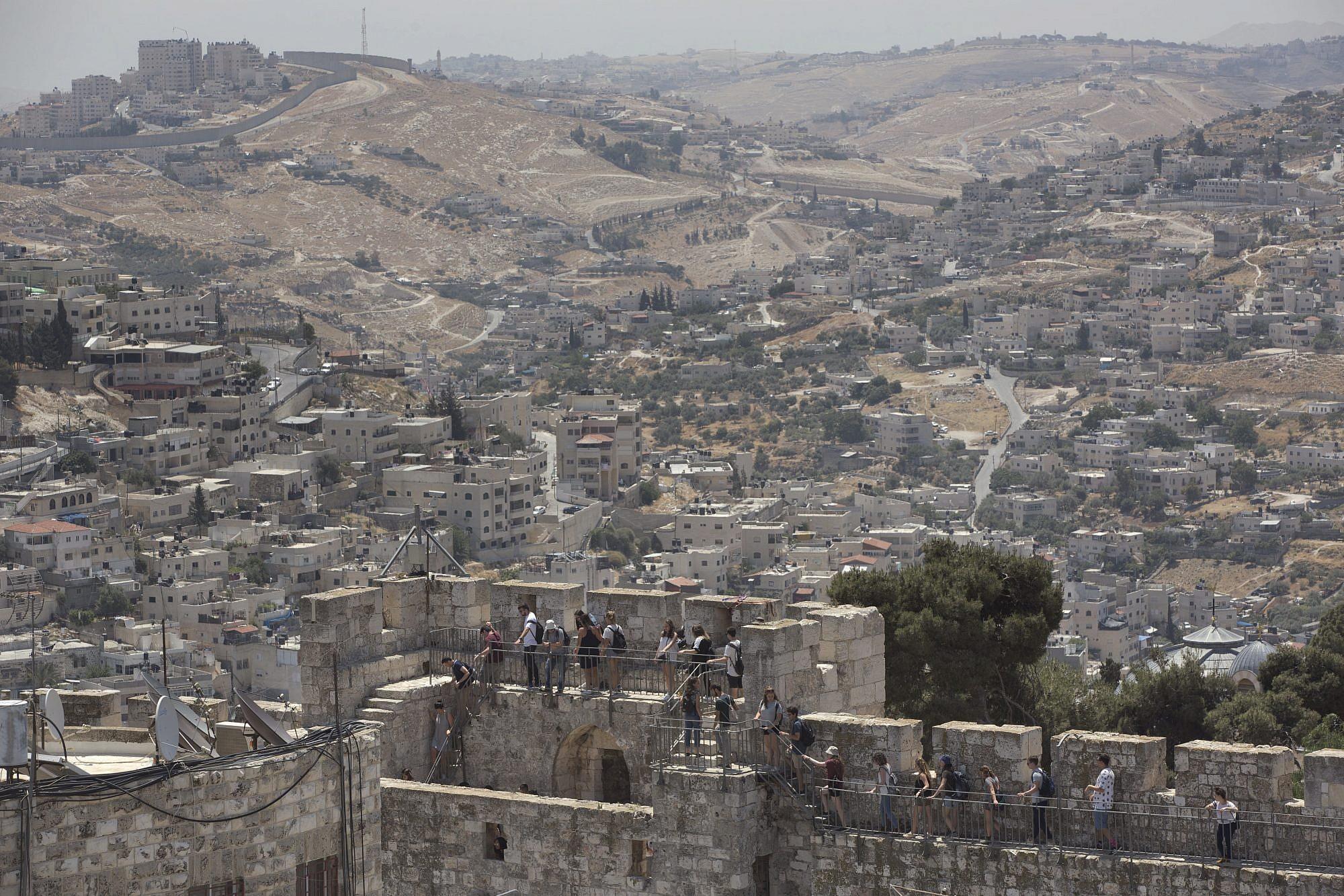 Old City walls offer glimpse of Jerusalem's richness | The ...
