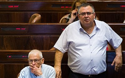Coalition chairman Likud MK David Bitan, right, in the Knesset, November 29, 2017. (Flash90)