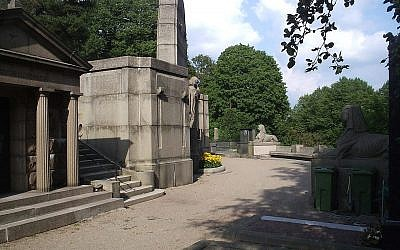 Illustrative: Eastern Cemetery, Gothenborg (Wikimedia Commons, Harri Blomberg).