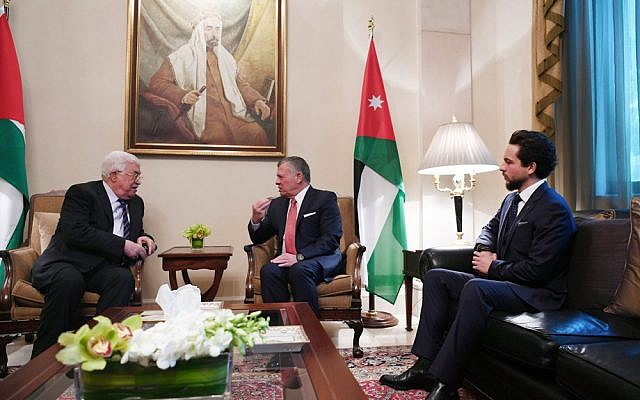 Palestinian Authority President Mahmoud Abbas (left) meets with with Jordan's King Abdullah II (center) and Jordanian Crown Prince Hussein. (Wafa / Thaer Ghnaim)