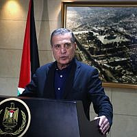 File: Nabil Abu Rudeineh, spokesman of PA President Mahmoud Abbas, speaks at a press conference in the West Bank city of Ramallah on December 5, 2017 (Flash90)