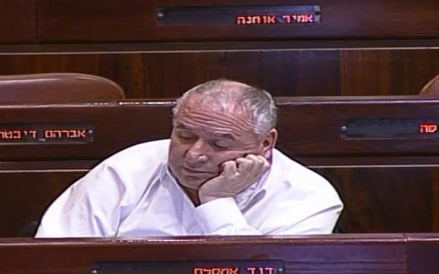 MK David Amsalem during a 4 a.m. debate on his police bill (Screen capture: Knesset Channel)