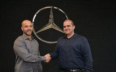 Mercedes Benz R&D Tel Aviv Head of Innovation Eyal Mayer (left) and BGU's Bengis Center for Entrepreneurship & Innovation Director Yossi Shavit (Courtesy)