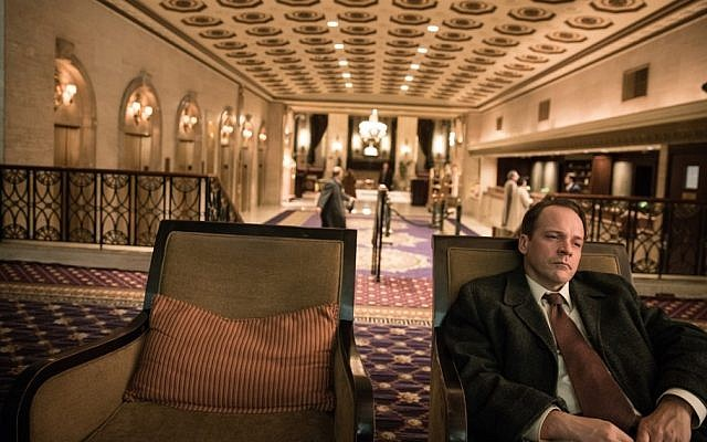 Peter Sarsgaard as Dr. Frank Olson in 'Wormwood.' (Netflix)