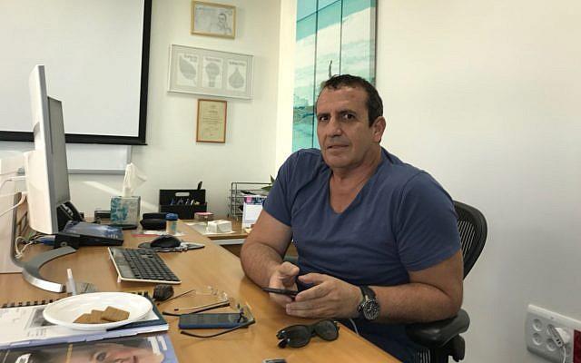 Mellanox CEO Eyal Waldman in his office in Tel Aviv (Shoshanna Solomon/TimesofIsrael)
