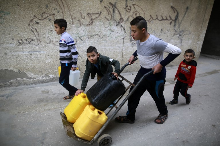 Thousands Of City Children Not Getting >> Thousands In Gaza Protest Against Worsening Living Conditions The