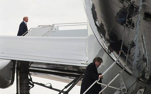 US President Donald Trump, left, and top aide Steve Bannon boarding Air Force One at Palm Beach International Airport in West Palm Beach, Florida on March 5, 2017. (AFP/NICHOLAS KAMM)