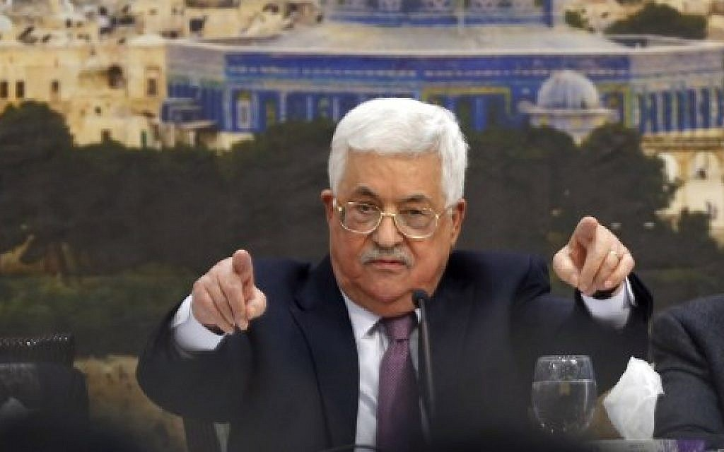 Palestinian Authority President Mahmoud Abbas speaks during a meeting in the West Bank city of Ramallah, on January 14, 2018. (AFP Photo/Abbas Momani)