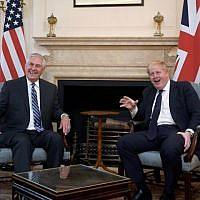 US Secretary of State Rex Tillerson (L) meets with Britain's Foreign Secretary Boris Johnson in London on January 22, 2018. (AFP Photo/Pool/Toby Melville)