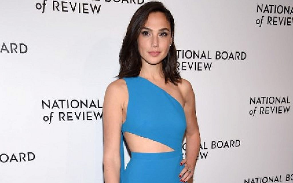 Lebanese Designer Under Fire For Praising Flawless Gal Gadot The Times Of Israel