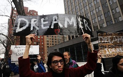 Demonstrators, many of them recent immigrants to America, protest the lack of a deal on DACA (Deferred Action for Childhood Arrivals) outside of Federal Plaza on January 22, 2018 in New York City. (Spencer Platt/Getty Images/AFP)