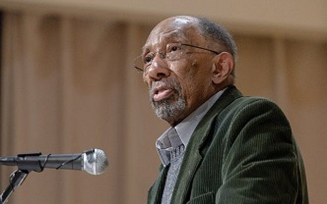 Julius Lester after receiving his Samuel Minot Jones Award for Local Literary Achievement, April 16, 2015. (CC BY 2.0 Flikr/Jones Library)