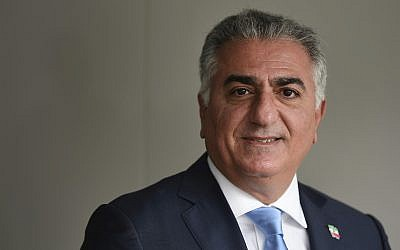 Reza Pahlavi, the exiled son of Iran's last shah before the 1979 Islamic Revolution and a critic of the country's clerical leaders, pauses for a photo after an interview with The Associated Press in Washington, January 9, 2018. (AP Photo/Susan Walsh)