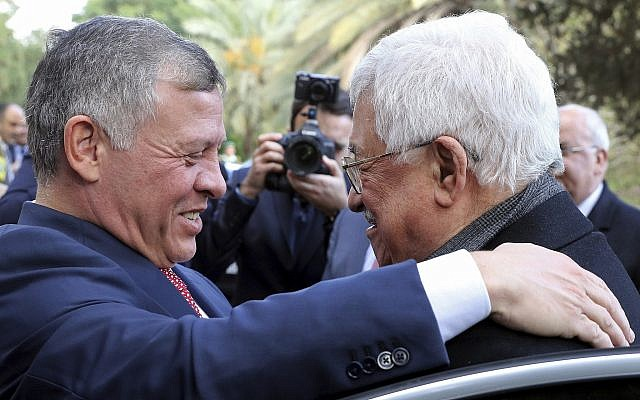 Longtime Supporters of Peace Process: Abbas Is Disqualified as Negotiating Partner