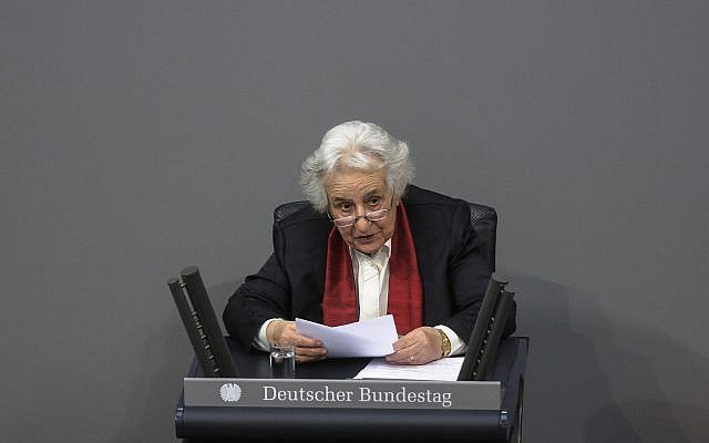 Holocaust survivor Anita Lasker-Wallfisch delivers her speech during a remembrance session of the German parliament to commemorate the victims of the Holocaust, in Berlin, Germany, January 31, 2018. (Markus Schreiber/AP)