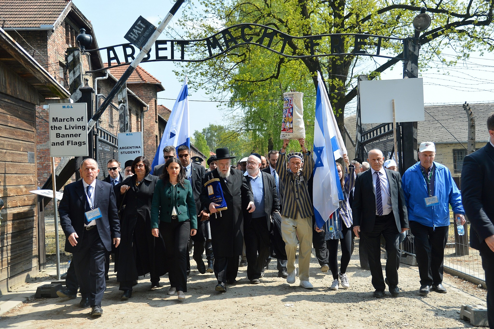 Poland marks Holocaust Remembrance Day