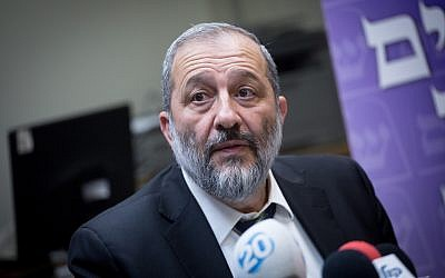 Interior Minister Aryeh Deri leads his Shas faction meeting at the Knesset, January 1, 2018. (Miriam Alster/Flash90)