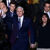 US Vice President Mike Pence and his wife Karen arrive at Ben Gurion International Airport on January 21, 2018. (Tomer Neuberg/Flash90)